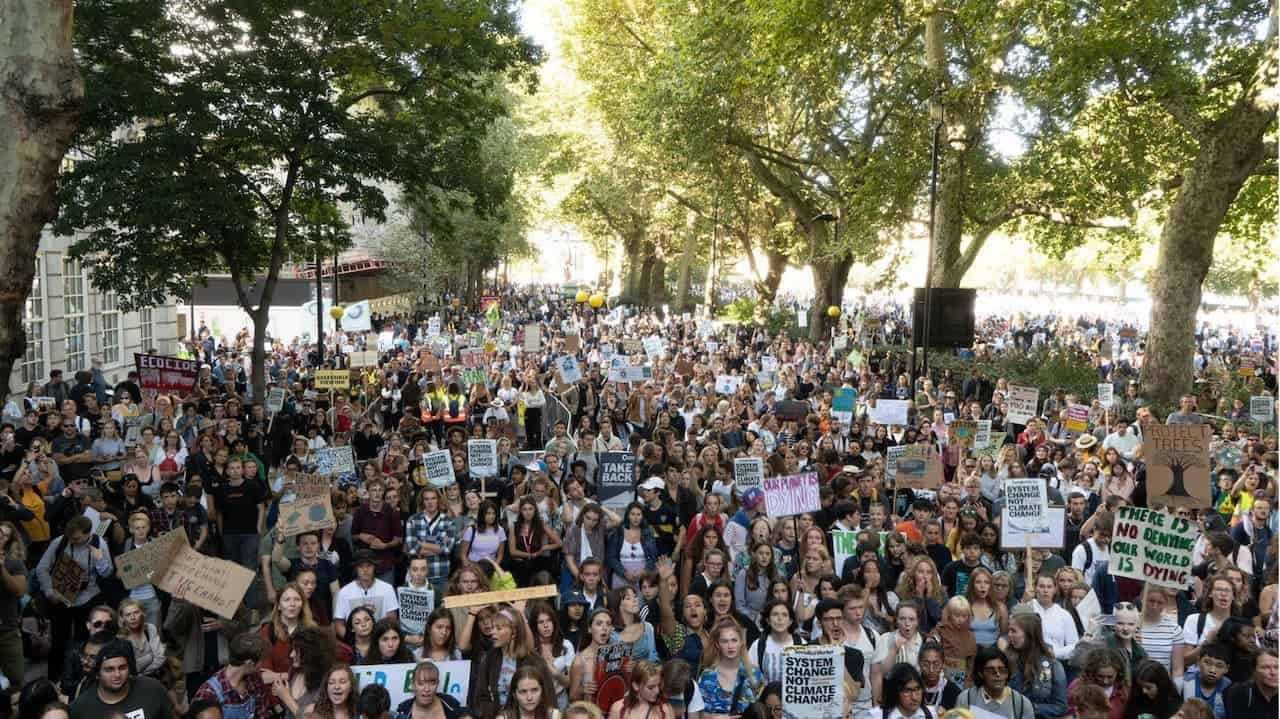global-student-climate-strike-min